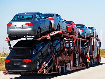 Auto-Transportdienst